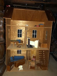 Wooden dollhouse Columbia, 21044
