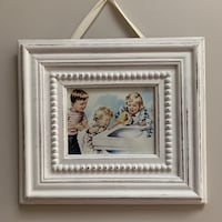 Adorable distressed pine frame
