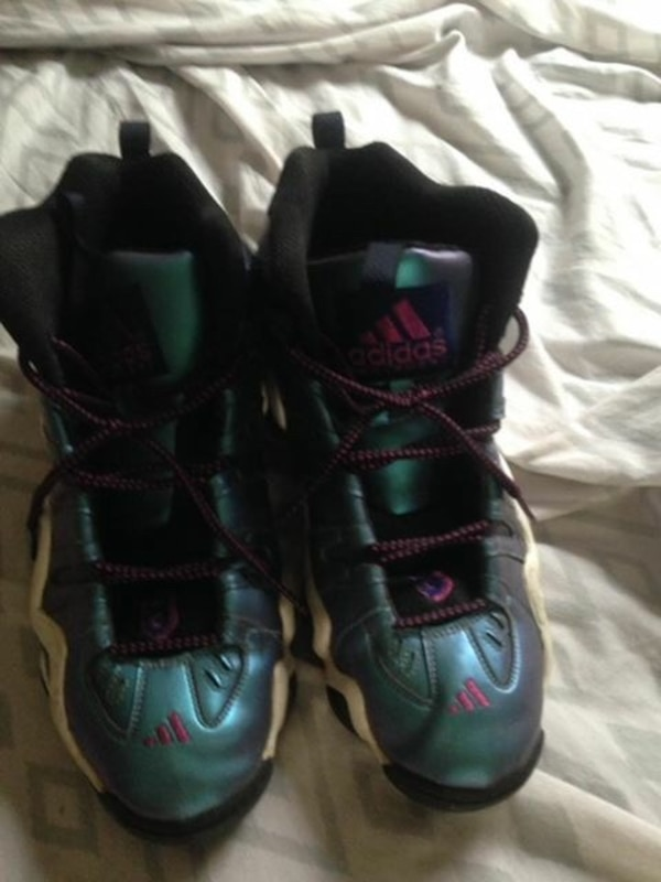 b9ca0414c4e9 Used gray-green-black Adidas shoes for sale in Bloomfield - letgo
