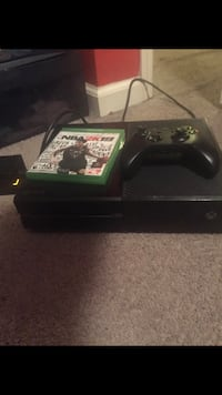 Xbox One console with controller and game case South Plainfield, 08854