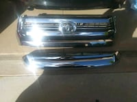 2014 & up toyota tundra grille with hood bulge  Fort Myers, 33966
