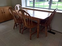 8pc wood (solid ash) dining room set 29 km