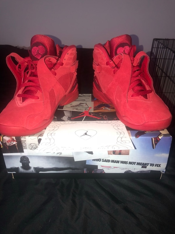 Used Wmns 9 5 deadstock Valentine's Day 8's for sale in