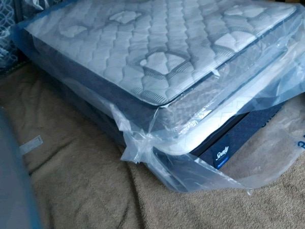 Double  mattress in pack. 230