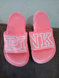 Pink slipers sz med 7/8 Ceres, 95307