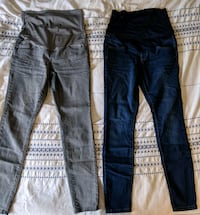 Maternity jeans size small Toronto, M4C