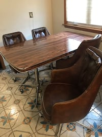 Kitchen table and 4 or 5 chairs. 6ft by 3 ft Toronto, M9R 1E6