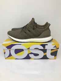 Adidas ultraboost night cargo sz 11.5 Maple Ridge, V2X 9V3