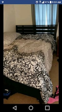 Queen bed Pawtucket, 02860