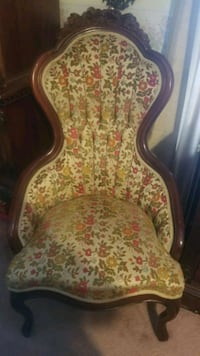 Victorian chair Mobile