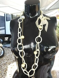 Long. Charms pearl necklace
