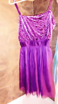 Small-med purple dress Edmonton, T5H 1T5