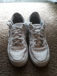 all white air force 1 low tops size 7
