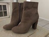 New Tan/Brown Booties with Rose Heal Size 10 Turlock, 95380