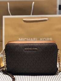 Michael Kors Jet Set Item Large Signature Crossbody Bag Richmond Hill, L4C 1W3