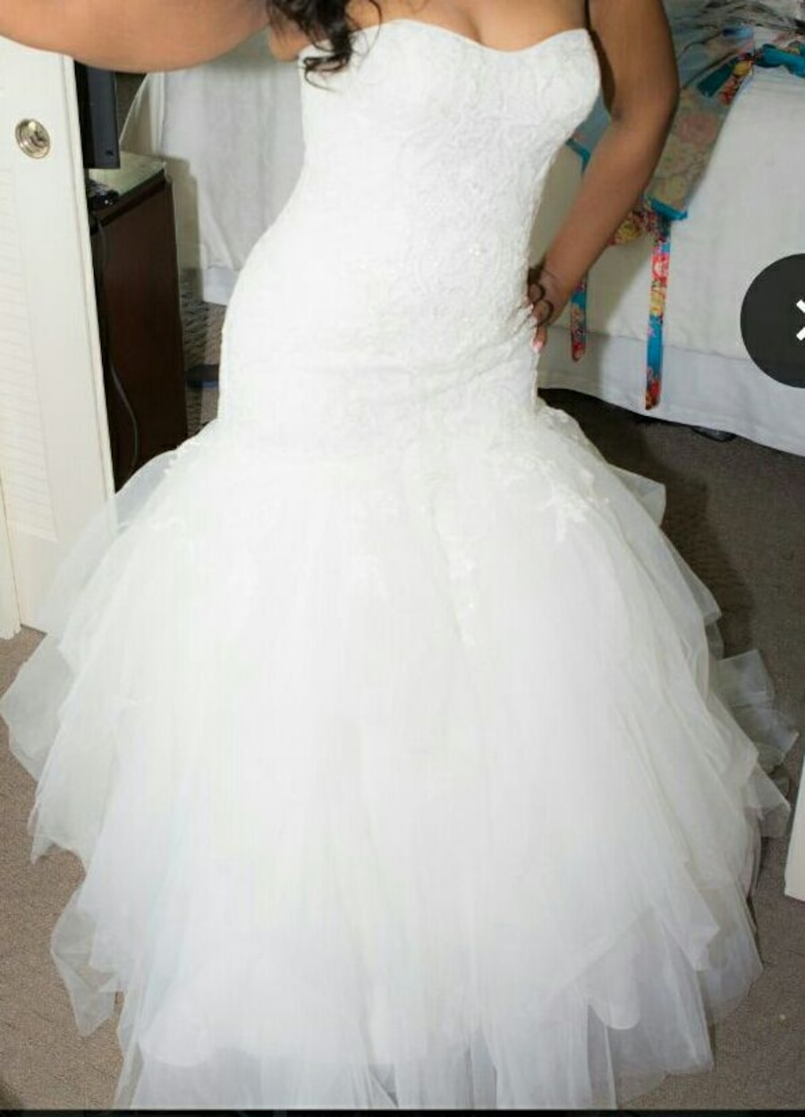 Used wedding dress veil in miami for Used wedding dresses miami
