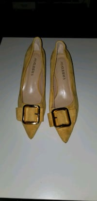 suede shoe, yellow size 37/38