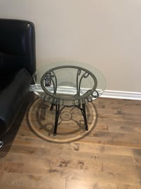 Glass side tables - tables de coins en verre Montréal, H3X 2V9