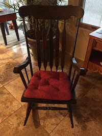 Solid wood rocking chair. Amazing condition Mesa, 85207