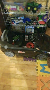 black ride-on toy car Kitchener, N2H 4E7