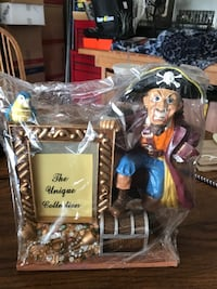The unique collection pirate picture frame bran new Victorville, 92394
