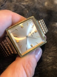 Vintage Rado wind up watch.  Authentic works perfect 30 km