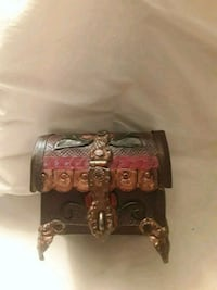 Hand carved hand painted box 1462 mi