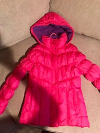 Coat for girl size 10-12 excellent condition  Ashburn, 20147