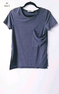 Casual Grey Box Tee Size S-M.  549 km