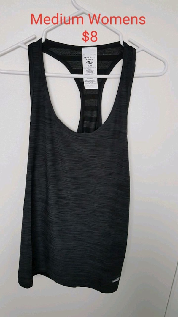 Tank top medium womens