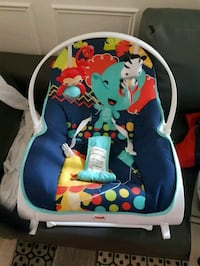 baby's blue and white bouncer Ajax, L1Z 1G9