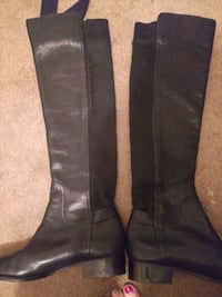 women's pair of black leather boots North Platte, 69101