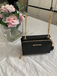 Authentic Michael kors Clutch Tina Wallet In 1 Black Saffiano Leather Cross Body Bag
