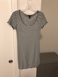 Black and white striped dress fitted  Chicago, 60610