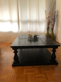 Selling Mallacar Rectangle Cocktail Table Toronto, M2J 1L7
