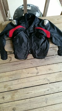 Motorcycle ridding jacket with pads.