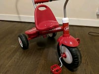 Radio Flyer Deluxe Steer and Stroll Trike    Silver Spring, 20910