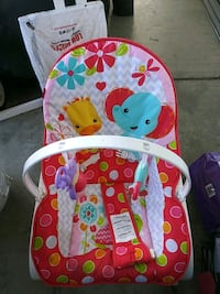 Infant to toddler Vibrating rocking chair