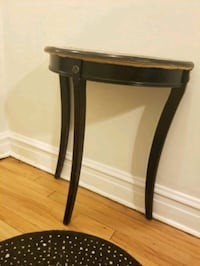 Semi Circle Entry Hallway End Table Chicago, 60647