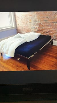 Full Cherry Real Wood Frame Bed, will Deliver ! Washington
