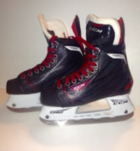 CCM RBZ 70 Hockey Skates Junior Size 2 D  London