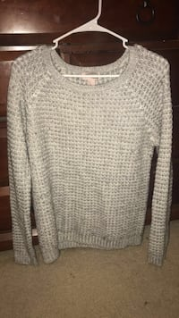 Gray scoop-neck sweater forever 21 large never worn Independence, 64055