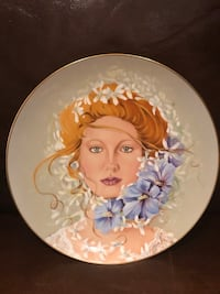 Commemorative Plate- Blossom Queen by Dolores Valenza Vaughan, L4J 4V3