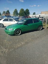 green 5-door hatchback Gaithersburg, 20878