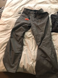 Volcom Snowboard Jacket and pant Tiger Camo Seattle, 98125