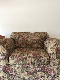 brown and red floral fabric loveseat Mentor, 44060
