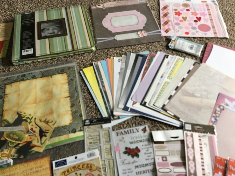 Scrap Book / Booking Hobbie Bundle / Lot  d1de4320-f213-4ce7-aeb2-767c4640bcbc