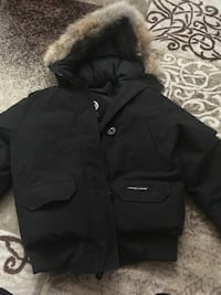 Canada Goose Chilliwack Bomber (Women Small) Toronto, M1R 3S1