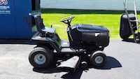 Murray ride on lawn mower  Canton