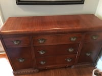 Antique dresser Vaughan, L4J 1B7